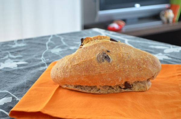 Pan de olivas roto